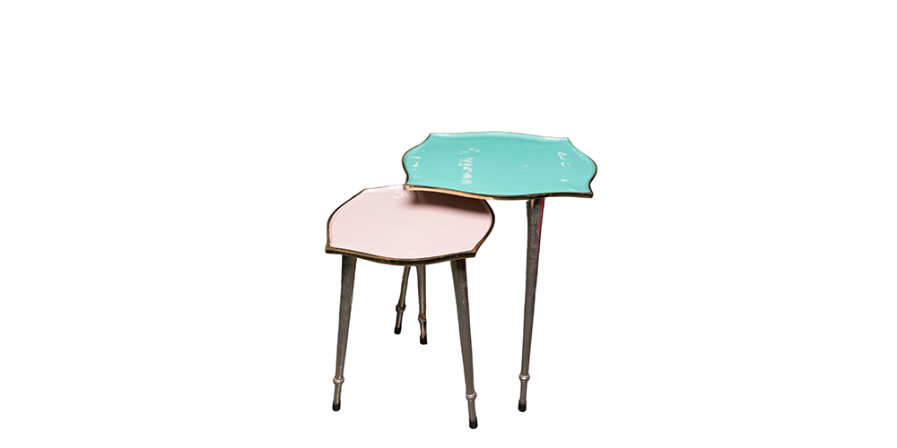 LACQUER-SIDE-TABLE
